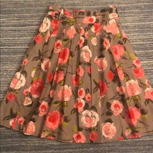 H&M Skirts - H&M A-line belted, pleated floral skirt, size 6